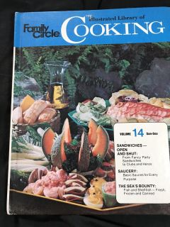 Vintage Family Circle Illustrated Library Of Cooking Volume 14 San-Sea