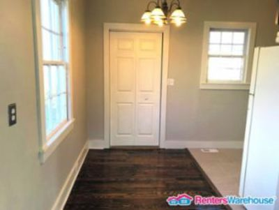 $1,350, 3br, Cute 3br/1bth Cottage In Established Neighborhood
