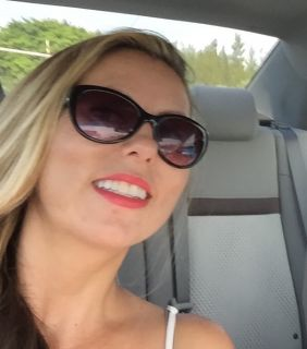 Vanessa is looking for a New Roommate in Miami with a budget of $1500.00