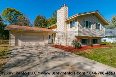 $2100 4 apartment in Lake St. Louis