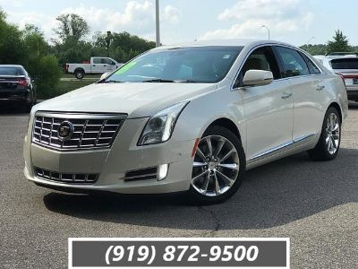 2014 Cadillac XTS Luxury Collection (White Diamond Tricoat)