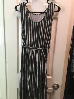 Old Navy casual Maternity dress