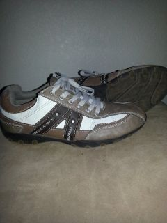 men shoes size 8.5M