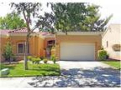 Remodeled Sun City Town Home that is move in ready!
