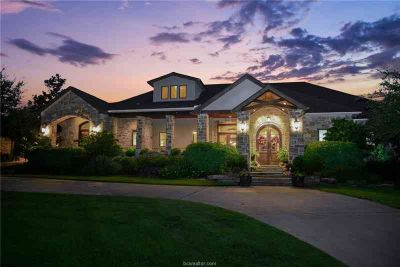 3072 Arapaho Ridge Drive College Station Six BR