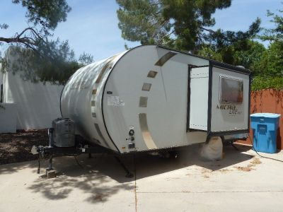 2011 Forest River 18' Travel Trailer