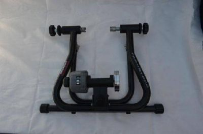 $120 Bike training Stand (Payson)