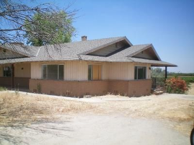 4 Bed 2 Bath Foreclosure Property in Ducor, CA 93218 - Rd 248