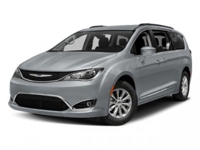 2018 Chrysler Pacifica Touring L Plus (Brilliant Black Crystal Pearlcoat)