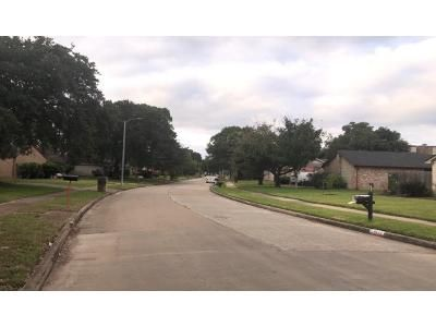 4 Bed 2 Bath Preforeclosure Property in Houston, TX 77088 - Whitter Forest Dr
