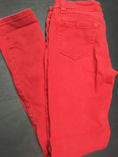 Women's 7/8 red jeans