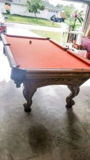 Stunning 8' Golden West Pool Table