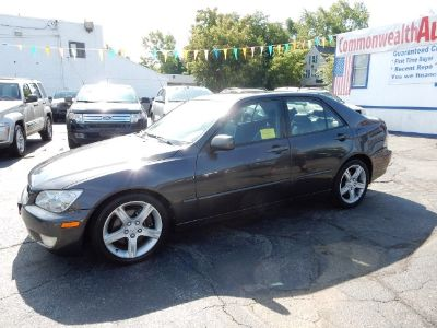 2002 Lexus IS 300 Base (Black Onyx)