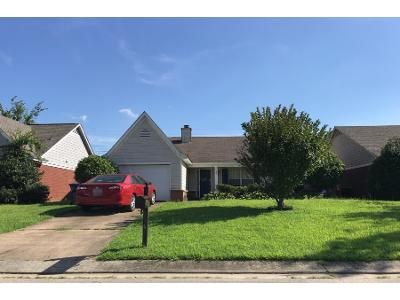 3 Bed Preforeclosure Property in Horn Lake, MS 38637 - Churchwell Dr
