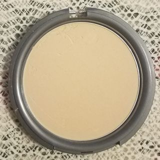 G20 Pressed Mineral Foundation