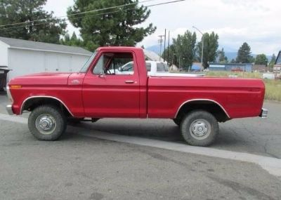 1978 Ford F150 1/2 Ton 4 Wheel Drive Short Bed