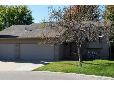 4 Bed 2 Bath Preforeclosure Property in Savage, MN 55378 - S Park Ct