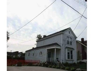 3 Bed 2 Bath Foreclosure Property in Latonia, KY 41015 - Clifton Ave