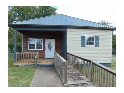 2 Bed 1 Bath Foreclosure Property in Chattanooga, TN 37407 - E 48th St