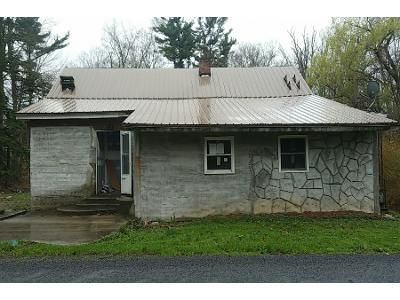 2 Bed 1 Bath Preforeclosure Property in Somerset, PA 15501 - Cannery Rd