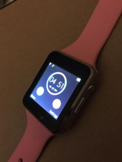 PINK Smart Watch / Bluetooth / Android &+ iPhone