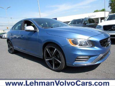 2016 Volvo S60 (Power Blue Metallic)