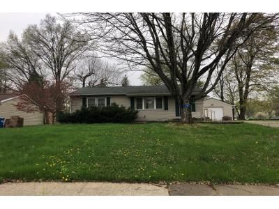 3 Bed 2 Bath Preforeclosure Property in Sebring, OH 44672 - S 14th St