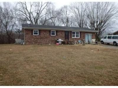 3 Bed 2 Bath Foreclosure Property in Cadiz, KY 42211 - Powerline Dr