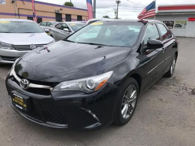 2016 Toyota Camry 4dr Sdn I4 Auto SE (Natl) (Midnight Black Metallic)