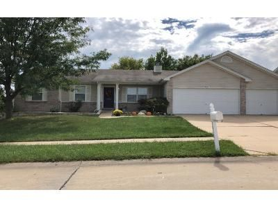 3 Bed 2 Bath Preforeclosure Property in Wentzville, MO 63385 - Somerset Hollow Ln
