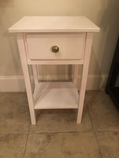 Night stand, wooden table. 27 tall, 16 wide, 14 deep. Lakes of Prosper pick up. Cross posted