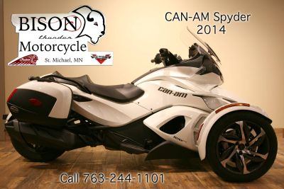 2014 Can-Am Spyder ST SE5 3 Wheel Motorcycle Motorcycles Saint Michael, MN