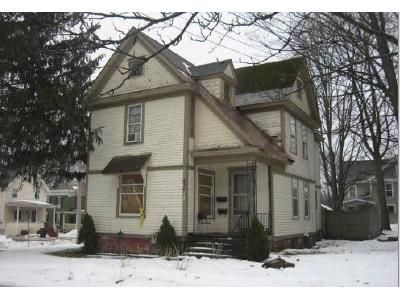 4 Bed 1 Bath Foreclosure Property in Fulton, NY 13069 - Academy St