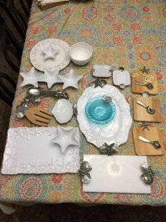 MUD PIE PLATES AND ASSORTED ITEMS