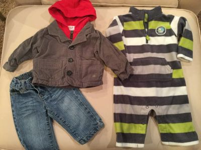 Jeans, jacket & Carter's fleece...size 6 months