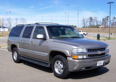 2002 Chevrolet Suburban 1500 LS (Tan)