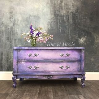 French Provincial Hope Chest