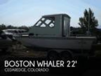 Boston Whaler - Revenge 22 Cuddy