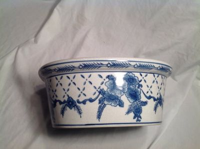Blue & White Ceramic Planter 10x12 Flower Floral Bird Oval Decor Kitchen Bedroom Dining