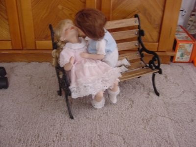 Kissing Dolls