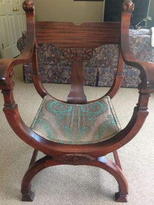 "Antique ""throne"" chair"