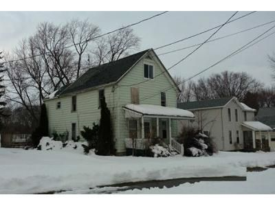 3 Bed 1.5 Bath Foreclosure Property in Perry, NY 14530 - Watkins Ave
