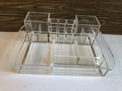 14 Compartment make-Up Organizer. Good Condition, gently used!
