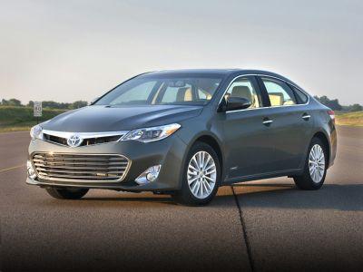 2013 Toyota Avalon Hybrid XLE Premium (Attitude Black Metallic)