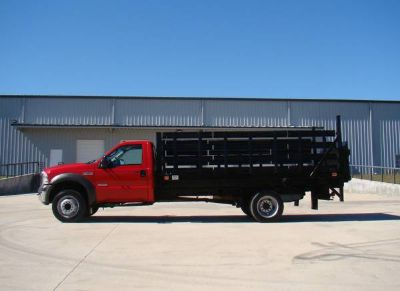 2005 Ford F450 Flatbed Stake-Bed, Lift Gate