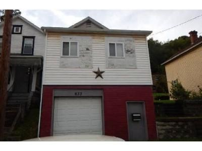 2 Bed 1.5 Bath Foreclosure Property in Lyndora, PA 16045 - Bessemer Ave