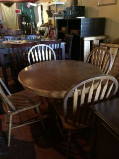 Solid Oak Dinette Table (large pedestal) and Chairs