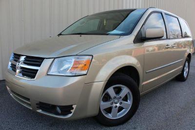 2010 Dodge Grand Caravan SXT (GOLD)