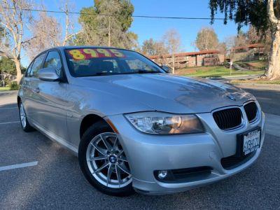 2011 BMW 3-Series 4dr Sdn 323i RWD (Titanium Silver Metallic)