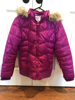 Justice brand girls 12/14 fur lined coat with detachable fur hood. Smoke free home. No rips or holes.